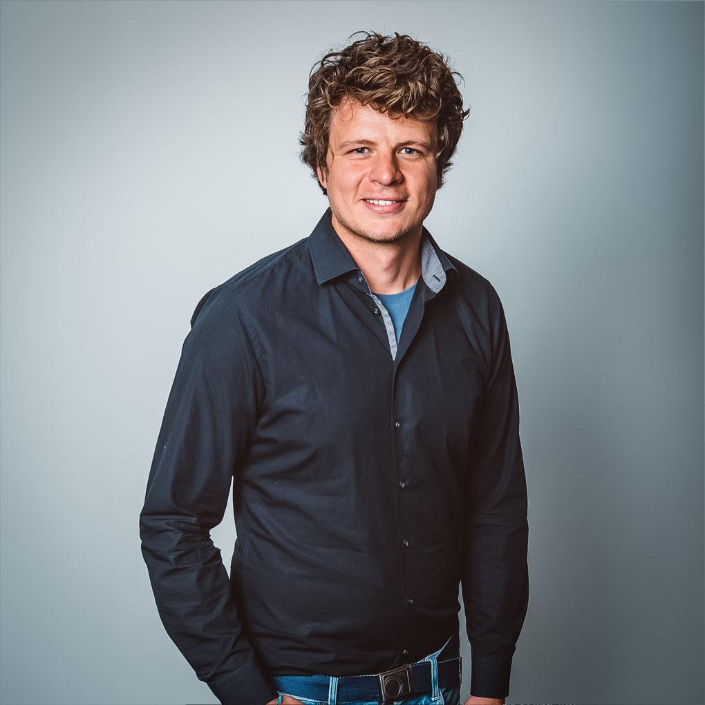 Marcel Oravec, Sinus AG Schweiz